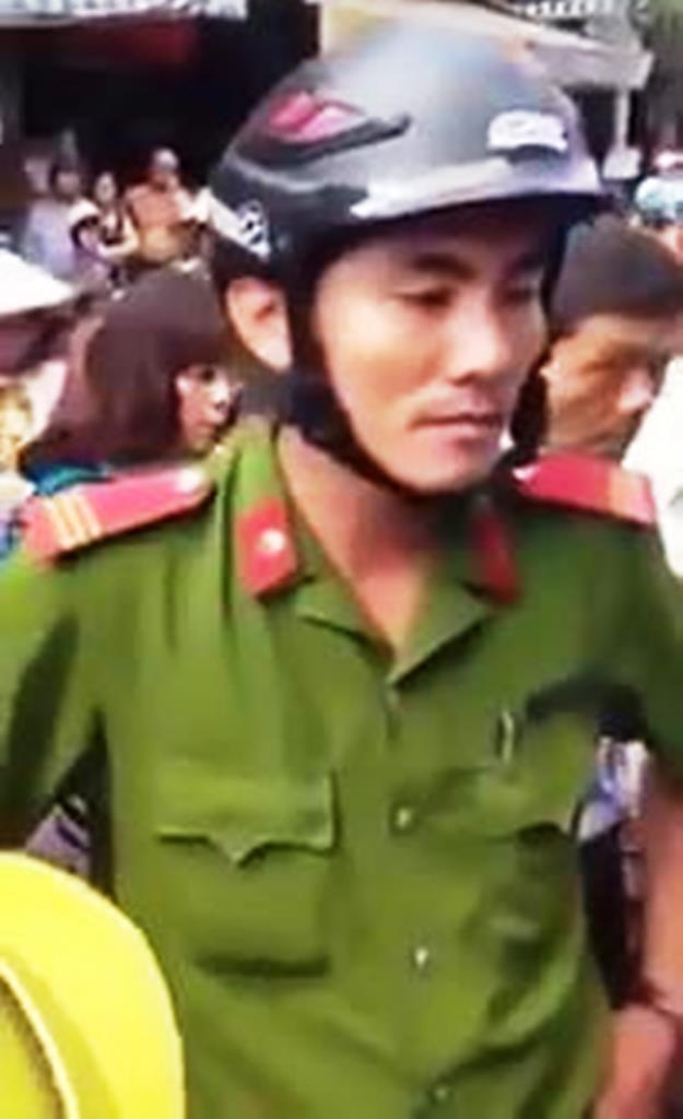 Thượng sĩ Lương Việt Hà hoàn toàn không được phân công làm nhiệm vụ dọn dẹp người buôn bán lấn chiếm lề đường
