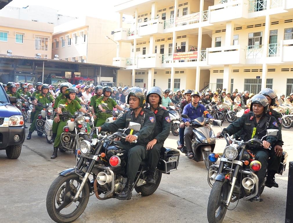 Lực lượng Công an TPHCM ra quân trấn áp tội phạm sau chỉ đạo của Bí thư Đinh La Thăng
