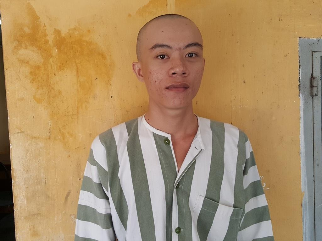 Nguyễn Cao Nhân tại cơ quan công an