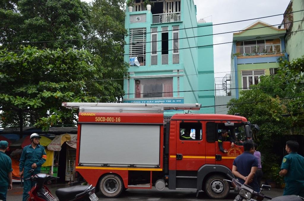 Cảnh sát PCCC quận Bình Thạnh được điều đến hiện trường