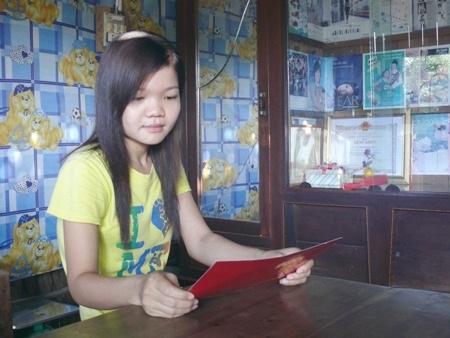 Em Lý Thị Kim Dương, tốt nghiệp hệ cử tuyển ngành Sư phạm Ngữ văn loại giỏi nhưng đến nay đã mấy năm vẫn chưa tìm được việc làm.