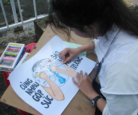 Học sinh sôi nổi thi vẽ tranh đón Tết Trung thu - 6
