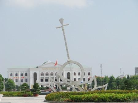Quảng trường Hùng Vương tại phường 1, TP Bạc Liêu.