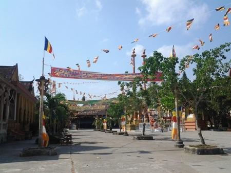 Chùa Khmer rực rỡ đón Tết cổ truyền - 13