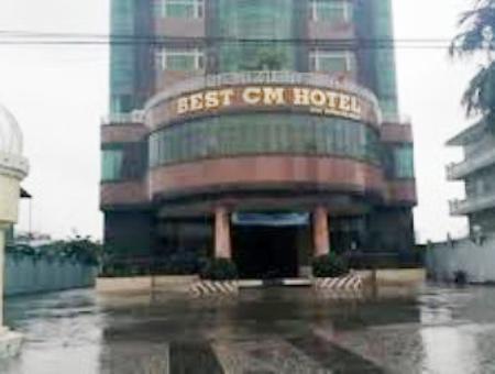 Bị cáo Tiêu Văn Luận là chủ khách sạn Best Cà Mau- một trong những khách sạn lớn nhất Cà Mau hiện nay.
