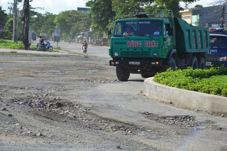 Sóc Trăng: Người dân khốn khổ vì xe chở hàng… tra tấn - 3
