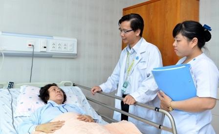 Người bệnh đau mạn tính cần hợp tác chặt chẽ với bác sĩ trong quá trình điều trị