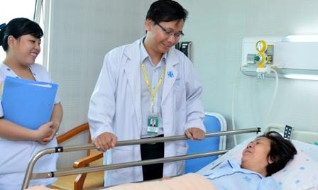 Bệnh nhân bị đau mạn tính cần kiên trì và tuân thủ chỉ định của bác sĩ