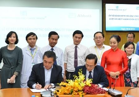 Bệnh viện và Abbott ký kết hợp tác sàng lọc dinh dưỡng sớm cho cộng đồng