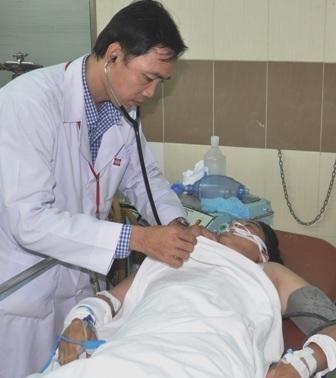 Một nạn nhân trong vụ ngạt khí than vẫn trong tình trạng nguy kịch