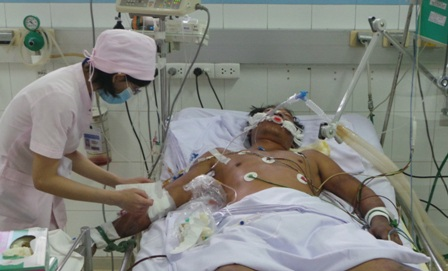 Các bệnh viện phải đảm bảo công tác khám, điều trị, cấp cứu và dự phòng trong dịp nghỉ lễ