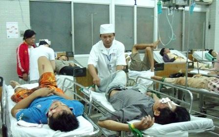 Mỗi dịp nghỉ lễ tình hình tai nạn, cấp cứu tại các bệnh viện lại căng thẳng