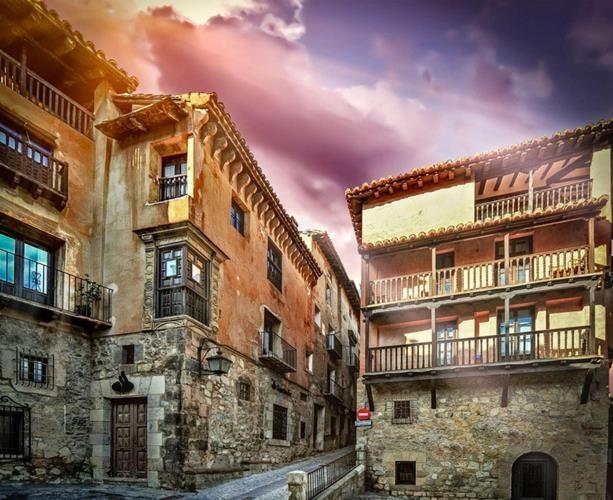 Albarracín ở Tây Ban Nha với những tòa nhà cổ kính, thực sự thích hợp để làm không gian sống yên tĩnh.