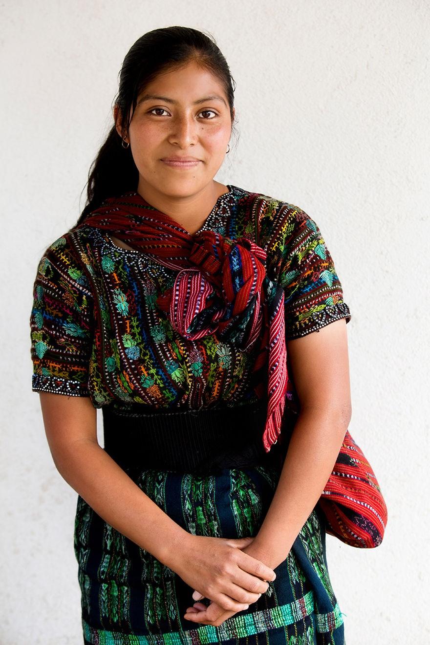 Người phụ nữ Kaqchikel Maya