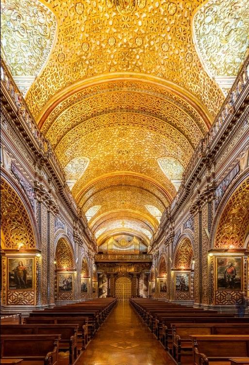 Vẻ lộng lẫy của nhà thờ được dát 7 tấn vàng - 3