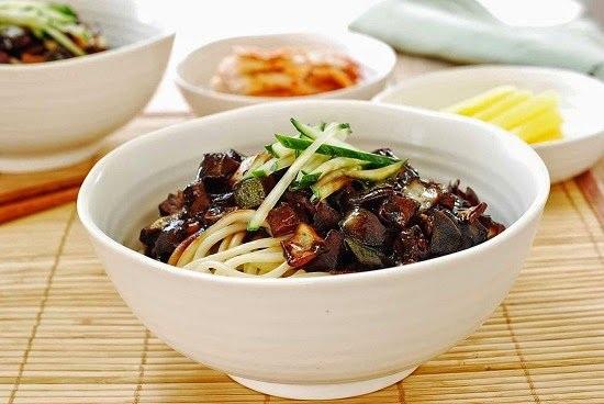 """Những món ngon xứ Hàn thường xuyên """"quen mắt"""" trên phim ảnh - 5"""