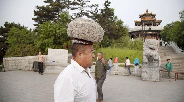 Lo ngại vì dư thừa cân nặng, một người đàn ông Trung Quốc quyết định giảm cân theo cách riêng của mình
