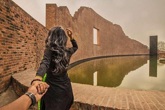 Cặp đôi người Bangladesh đưa người xem tới hàng loạt địa danh nổi tiếng ở nước mình