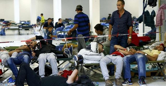 Vì bất đồng ngôn ngữ, một vị khách người Trung Quốc bị mắc kẹt trong tại tị nạn ở Đức gần 2 tuần