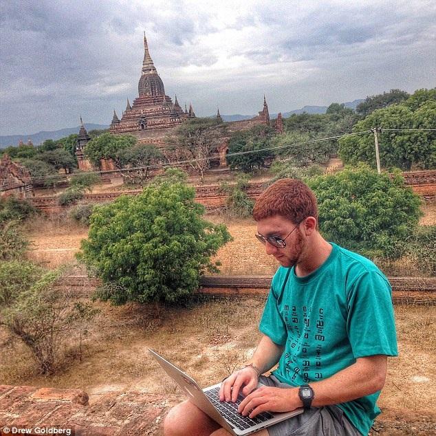 Anh cho biết, Myanmar là một trong những nơi có đường truyền internet chậm nhất