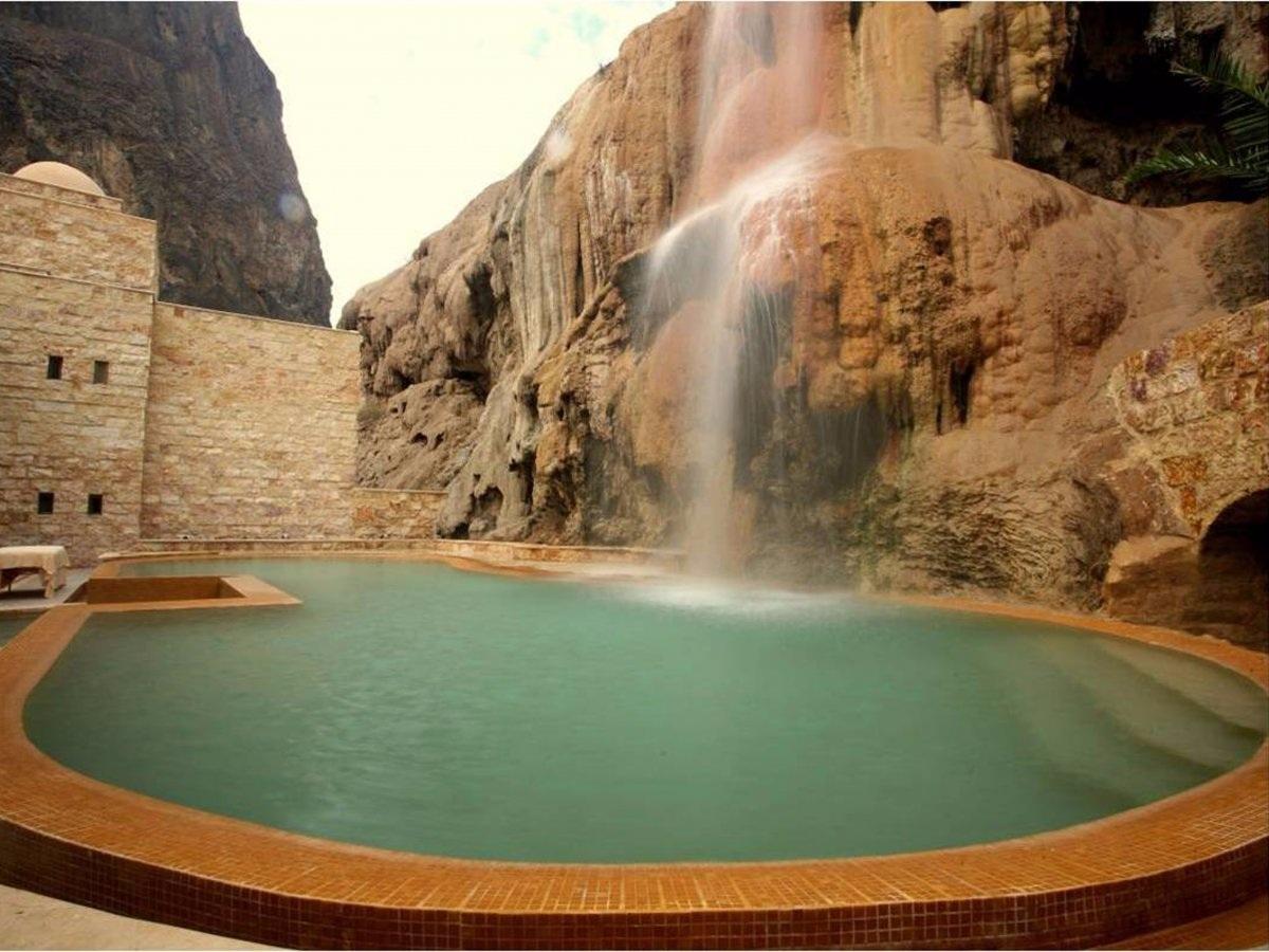 """Những bể bơi trong khách sạn """"độc lạ"""" nhất thế giới - 10"""