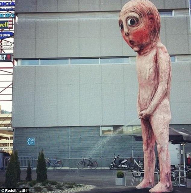 Những bức tượng khiến du khách phải đỏ mặt khi chứng kiến - 4