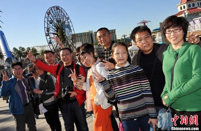 Khách Trung Quốc thuộc nhóm khách thích mua sắm xa hoa ở nước ngoài