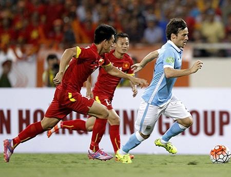 Giá trị đi xuống của đội tuyển Việt Nam sau trận thua Man City - 1