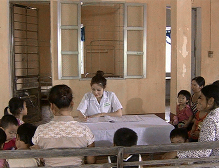 Từ tâm huyết giúp trẻ em Việt Nam thoát tình trạng suy dinh dưỡng thấp còi - 1