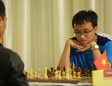 Trường Sơn chơi rất hay, chỉ tiếc là không thể thắng trong ván đấu quyết định với Wang Hao