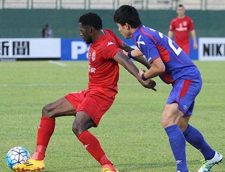 ... nhưng B.Bình Dương vẫn không thể thoát thua trước FC Tokyo (ảnh: Nguyễn Đình)