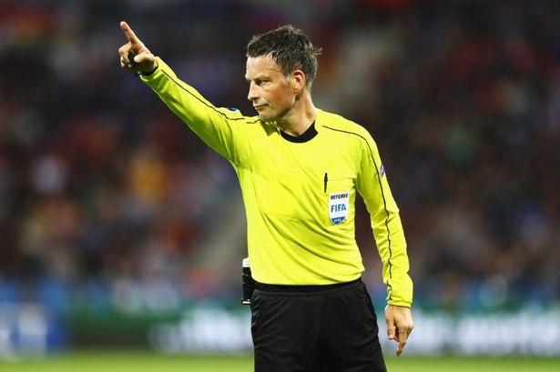Trọng tài Matt Clettenburg (Anh) sẽ điều khiển trận chung kết Euro 2016, giữa Pháp và Bồ Đào Nha