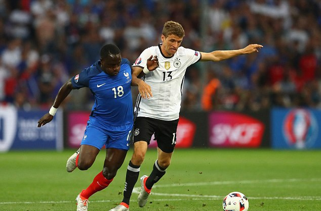 Muller (13) là một trong những ngôi sao gây thất vọng nhất Euro 2016
