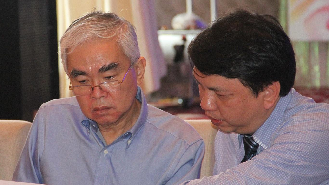 Việc chủ tịch VFF Lê Hùng Dũng xuất hiện khiến cho khả năng mất ghế của trưởng Ban trọng tài Nguyễn Văn Mùi càng cao, vì ông Dũng khá quyết liệt trong việc cải tổ khâu trọng tài