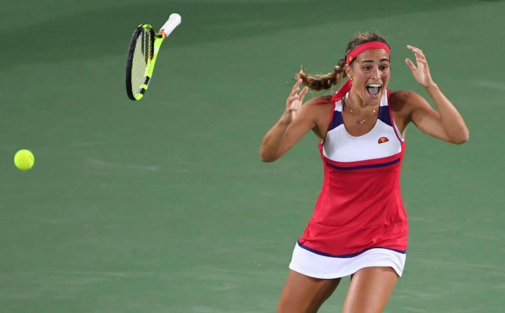 Monica Puig (Puerto Rico) thậm chí còn không tin mình có HCV Olympic, môn quần vợt