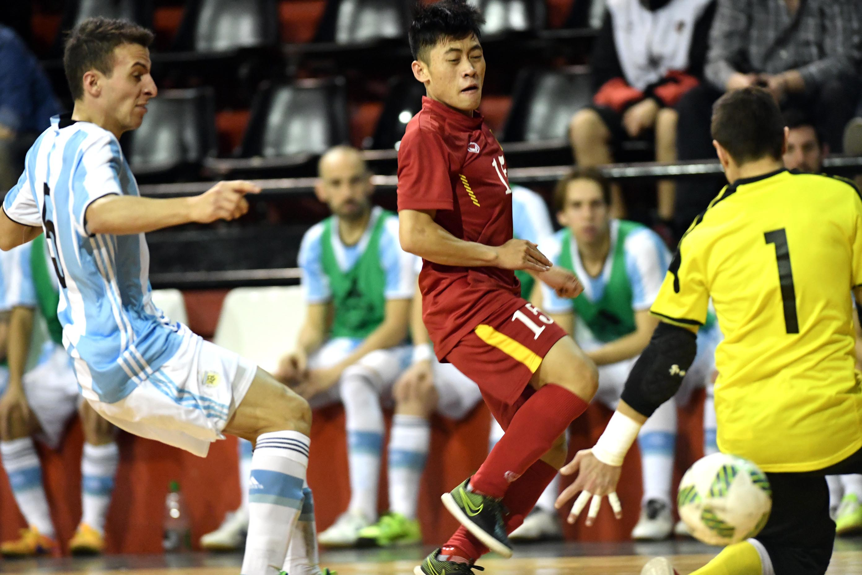 Ngọc Sơn ghi bàn thắng duy nhất cho đội tuyển futsal Việt Nam trước Argentina