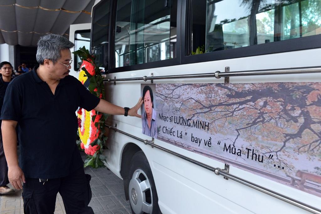 Những hình ảnh xúc động tại lễ tang nhạc sĩ Lương Minh - 20