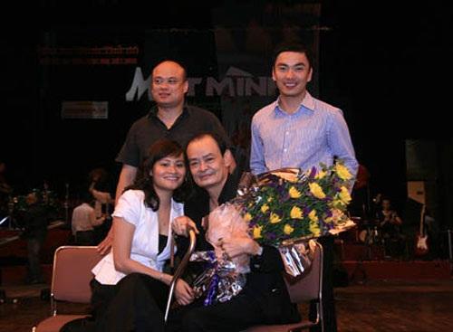 Nhạc sĩ Thanh Tùng và các con trai con gái