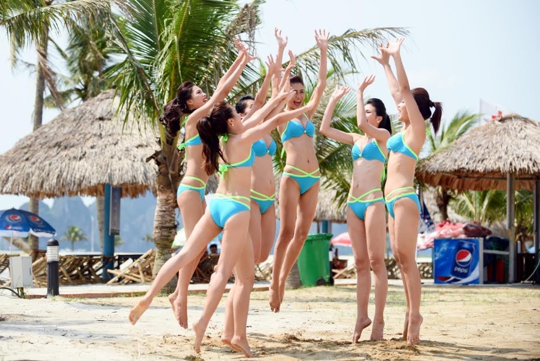 Thí sinh Hoa hậu Biển khoe vẻ đẹp khỏe khoắn với bikini - 1