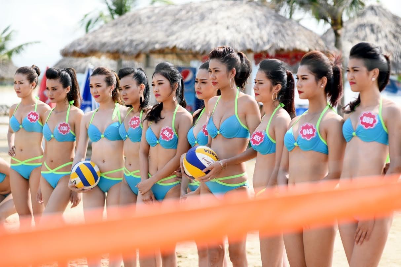 Thí sinh Hoa hậu Biển khoe vẻ đẹp khỏe khoắn với bikini - 4
