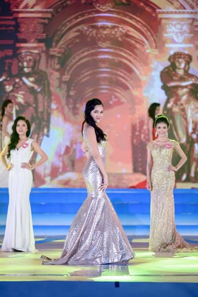 Người đẹp Hòa Bình đăng quang Hoa hậu Biển Việt Nam - 13