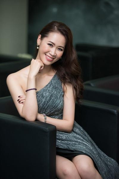 Cùng tham gia sự kiện này, còn có Hoa hậu thân thiện Dương Thùy Linh.