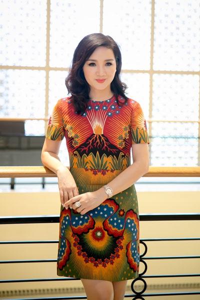 Hoa hậu đền Hùng Giáng My- Đại sứ cuộc thi Nữ hoàng đá quý Việt Nam 2016 (Ảnh: Hải Bá)