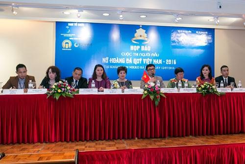 BTC cuộc thi Nữ hoàng đá quý Việt Nam 2016 công bố thể lệ, nội dung cuộc thi chiều ngày 12/7 (Ảnh: Hải Bá)
