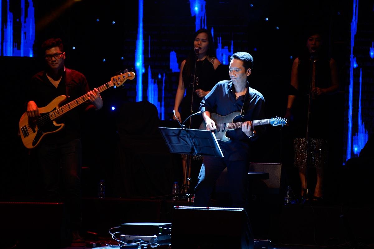 Nhạc sĩ Anh Quân là Giám đốc âm nhạc chương trình Gặp gỡ mùa thu.