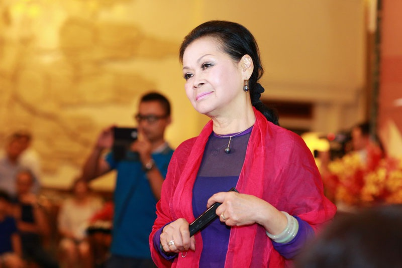 Khánh Ly bồi hồi khi về Hà Nội khoảnh khắc vào thu với biết bao kỷ niệm ấu thơ ùa về...(Ảnh: Dương Đ)