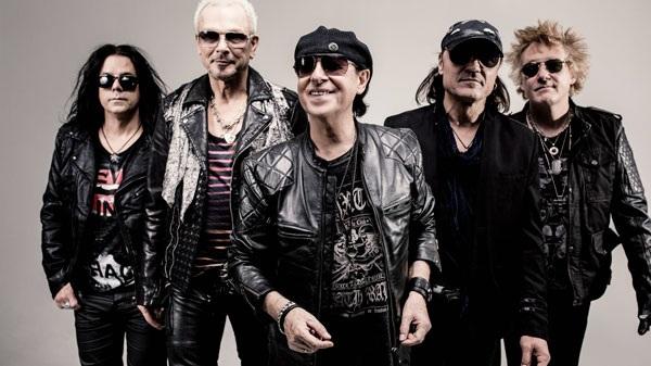 Scorpions hứa thổi bay sân khấu khi sang biểu diễn tại Việt Nam.