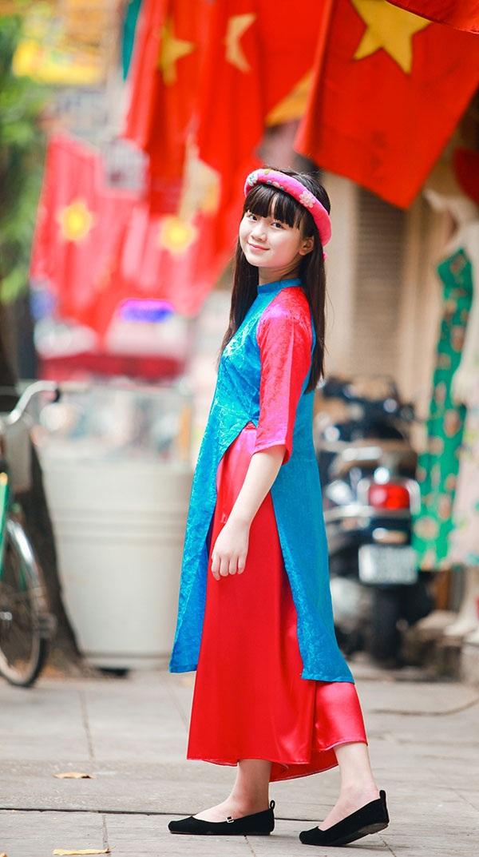 Bé Kim Anh The Voice Kids diện áo dài vui Trung thu - 7