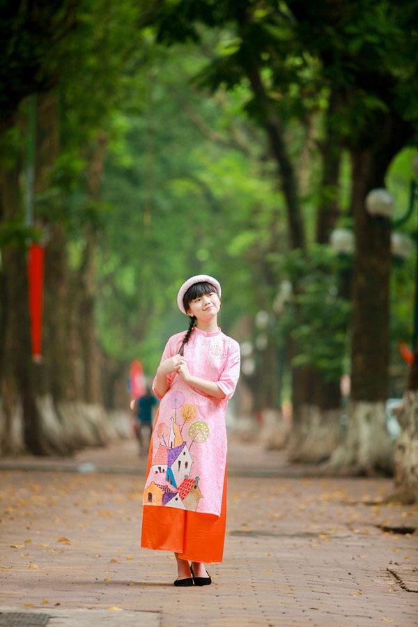 Bé Kim Anh The Voice Kids diện áo dài vui Trung thu - 2