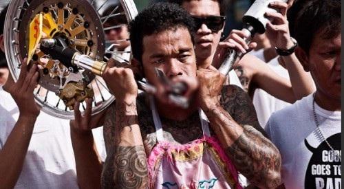 """Tháng 10, sang Phuket xem người Thái """"hành xác"""" rùng rợn - 6"""